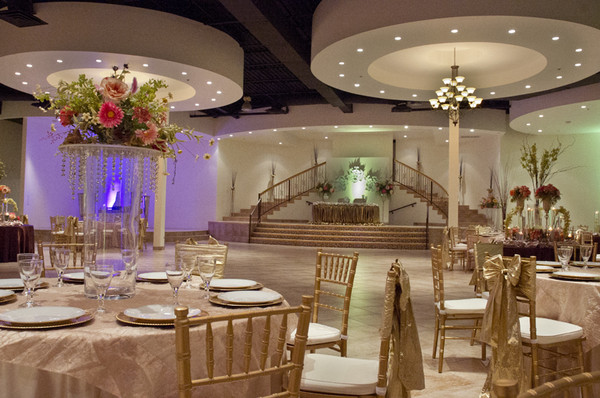 Be The First One To Book This Elegant Wedding Hall By Calling 713 789 9090 Or You Can Visit Our Site Just Clicking Here